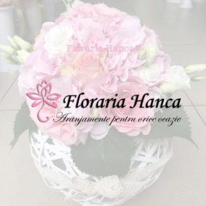 Cosuri cu flori si aranjamente florale realizate de Floraria Hanca, situata in judetul Cluj, comuna Floresti